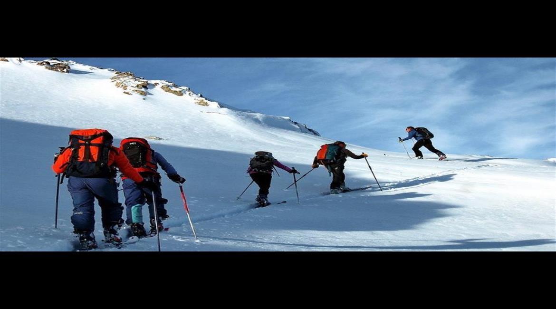 ÉQUIPEMENT : Louer ou acheter l'équipement de ski de rando ?